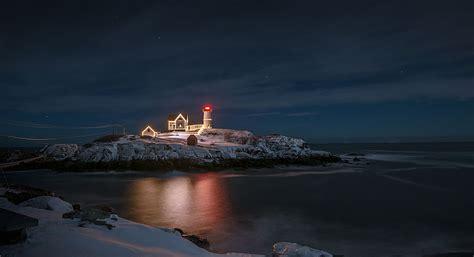 Cape Neddick Light by Nubble Cape Neddick Lighthouse York Me Things To Do Portsmouthnh