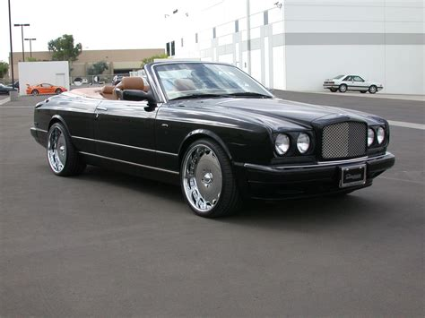 bentley azure bentley azure photos photogallery with 50 pics carsbase com