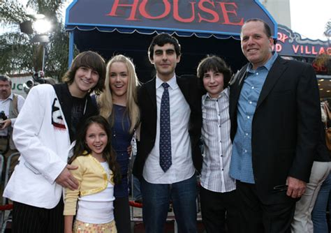 the cast of monster house image gallery monster house imdb