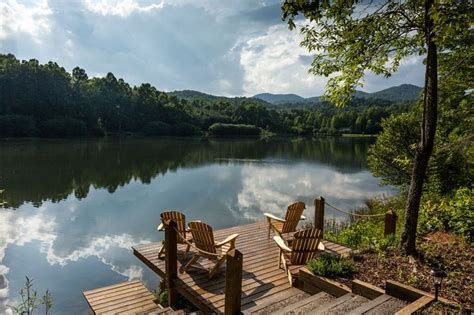Mountain Lake Cabins by Mountain Lake Cabin Scenery To Die For