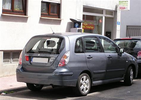 Suzuki Liana 2010 Suzuki Liana Gesehen Juli 2010 Fahrzeugbilder De