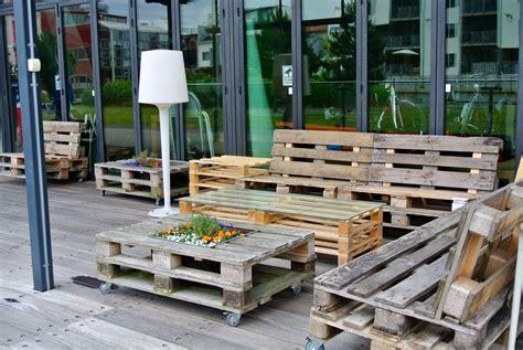 Weiße Gartenmöbel Aus Holz 555 wohnzimmer mit holz dachschr 228 ge