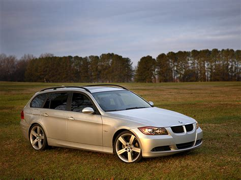 bmw 328xi wagon review did anyone here consider test drive a bmw 328i or 328xi