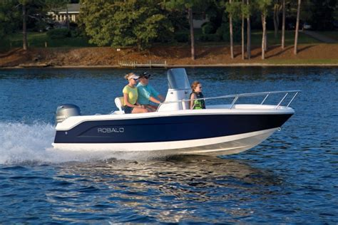 robalo boats r160 research 2017 robalo boats r160 on iboats