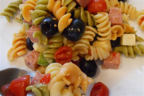pasta salad italian dressing italian pasta salad the cooking mom
