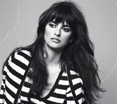 penelope cruz hairstyles 2015 glamorhairstyles penelope cruz high updo with bangs male models picture