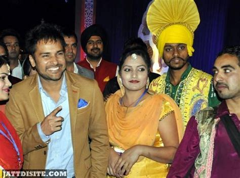 amrinder gill marriage photos with his wife galleryhipcom the amrinder gill marriage photos with his wife www pixshark