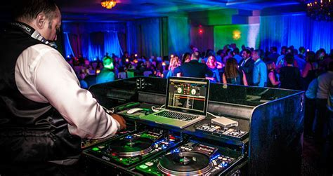 Top 100 Wedding & Party DJs in Montreal   List & Reviews