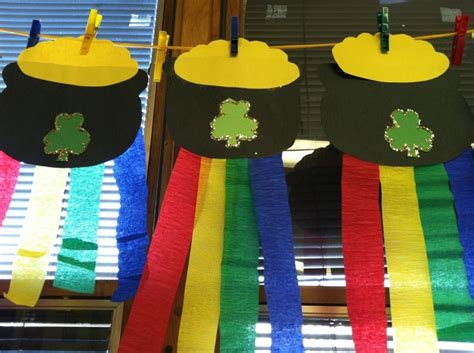 march arts and crafts for pot o gold craft march