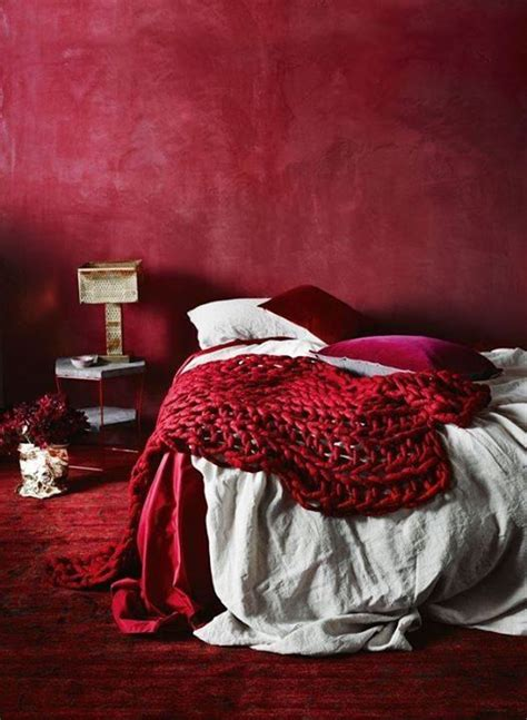awesome red color bedroom walls what color should i paint my roupa de cama eu decoro