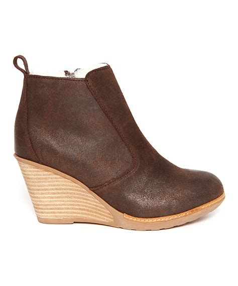 emu australia chocolate rosewood wedge ankle boot