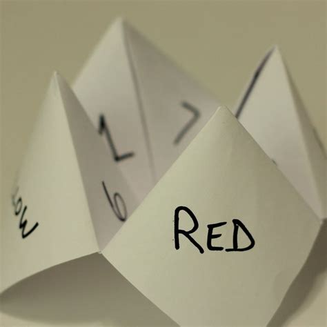 Folding Paper Fortune Teller - folded paper fortune teller kiddo ideas