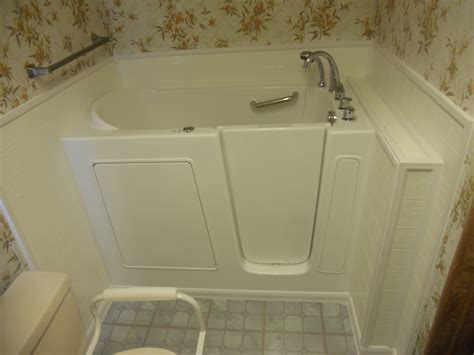 Walk In Bathtub Installation by Independent Home Providing Our Customers With Safe Bathing