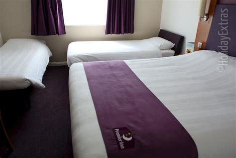 Premier Inn Family Room Beds by Rooms At The Premier Inn Liverpool Airport Modern