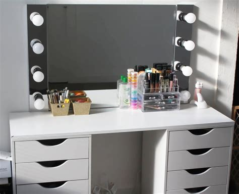 diy makeup vanity desk d i y vanity desk mirror w led lights napturallyeverafter
