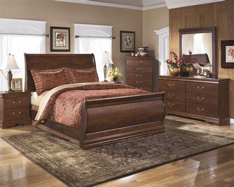 Master Bedroom Furniture Sets by Master Bedroom Sets Furniture Decor Showroom
