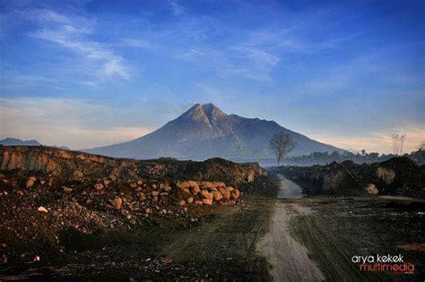 flm gunung merapi zumbara i 1 year merapi eruption chronology of the eruption of