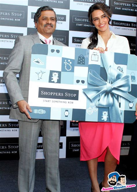 Shopper Stop Gift Card - neha dhupia launched shoppers stop gift card a gifting option by lifestyle reta
