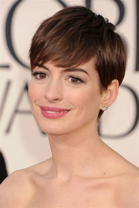 history of the pixie cut now anne hathaway might star in the intern vulture