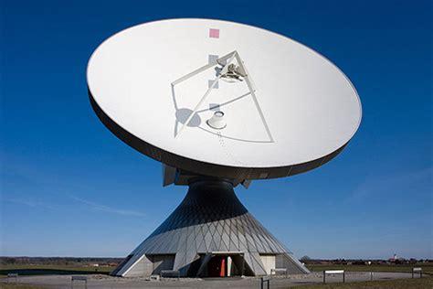 concepto de imagenes satelitales wikipedia neuer kornkreis 2014 in deutschland riesiger kornkreis