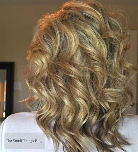 pretty hair styles with wand 18 shoulder length layered hairstyles popular haircuts