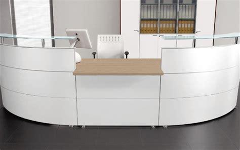 reception ufficio desk reception d immagine mobili per reception curvi o