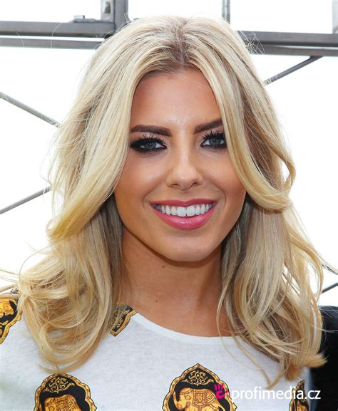 Mollie King     hairstyle   easyHairStyler