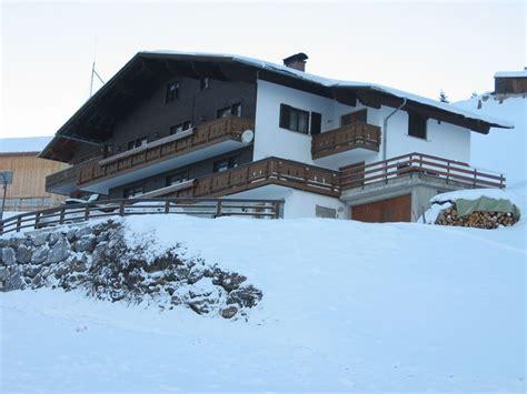 Haus Wiesengrund by Appartement Haus Wiesengrund In Warth Schrocken