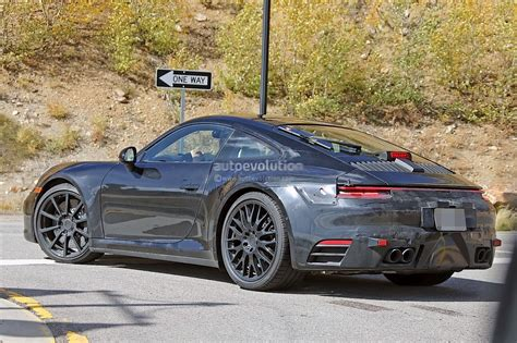 2019 New Porsche 911 by Spyshots 2019 Porsche 911 Reveals Digital Dashboard With