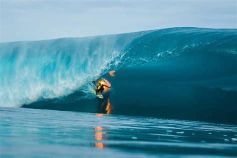 surf s jamie o brien surfs on fire