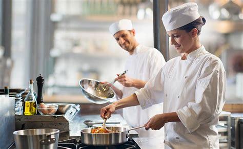 cocina chef 10 utensilios de cocina para un aspirante a chef
