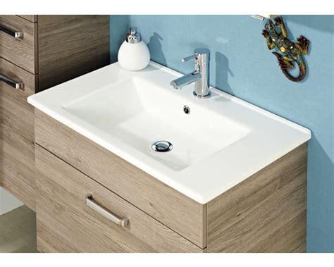 kleines bad optisch vergrößern pelipal m 246 bel waschtisch offenbach 75 cm keramik wei 223 bei