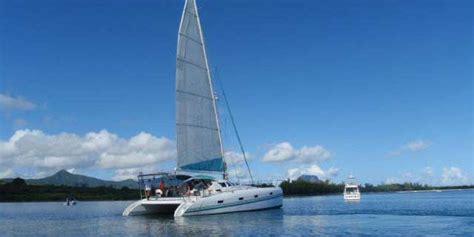 catamaran mauritius dolphins croisi 232 re en catamaran voir les dauphins ile aux