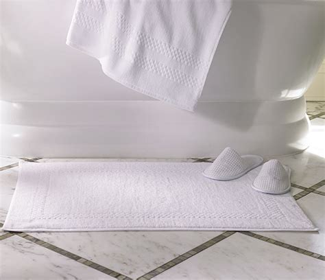 ritz carlton down comforter ritz carlton hotel shop bath mat luxury hotel bedding