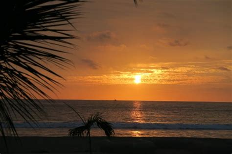 sunset view from our room picture of divi aruba phoenix victor hugo hotel puerto lopez ecuador hotel