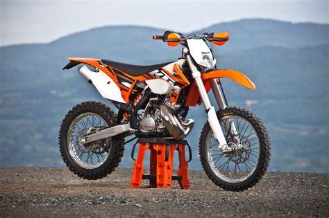 Ktm 200 Exc Review Ktm 200exc Bikes Doctor