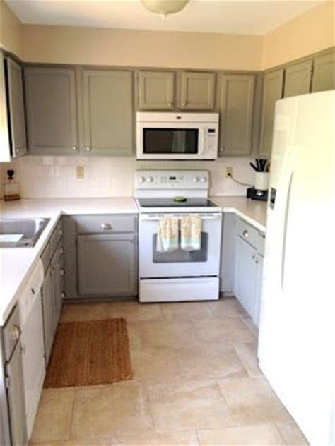 updated kitchens with white appliances best 25 white appliances ideas on white