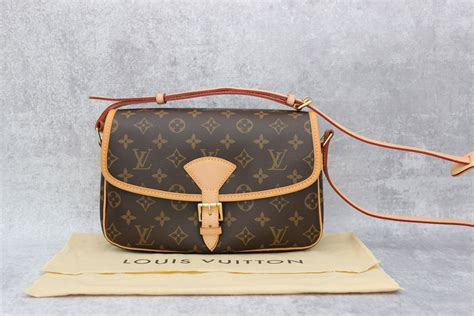 louis vuitton monogram sologne shoulder bag  jills