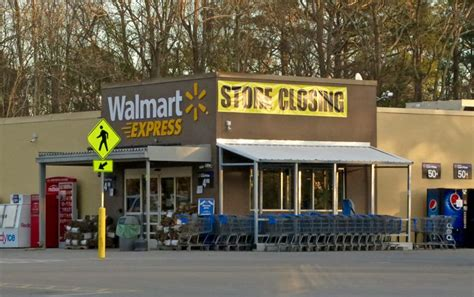 what time is walmart closing for walmart closes express store in towndock net