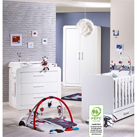ikea chambre bébé complète salon 187 deco salon bleu petrole 1000 id 233 es sur la