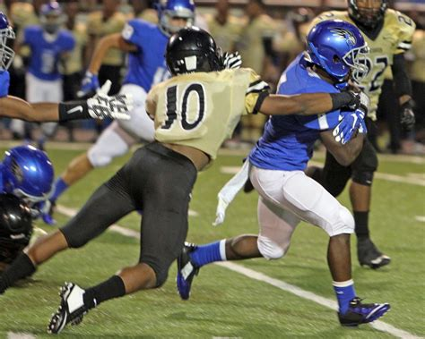 christopher russell jr whitehaven at florence football gallery timesdaily