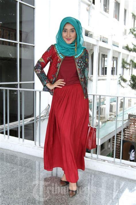 biography desainer dian pelangi dian pelangi desainer indonesia foto 3 1318022