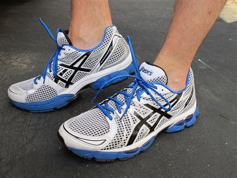 best asics shoes for flat dwgimm3d best asics cross trainers for flat