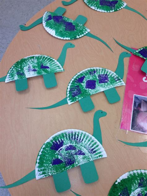 Dinosaur Paper Craft - paper plate dinosaur craft science plates