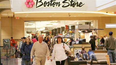 Bon Ton Gift Card - boston store parent bon ton stores doling out 1 million in gift cards to shoppers