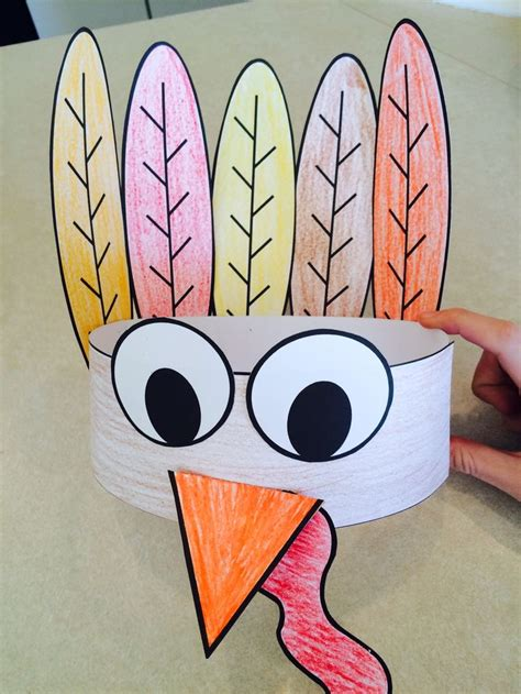 1000 Ideas About Turkey Hat On Pinterest Thanksgiving Hat Turkey Craft And Thanksgiving Crafts Thanksgiving Hat Template