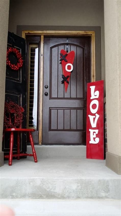 valentines home decorations 40 hot red valentine home d 233 cor ideas digsdigs
