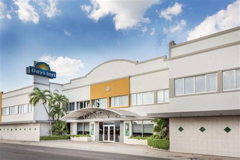 inn miami airport days inn miami airport miami book your hotel