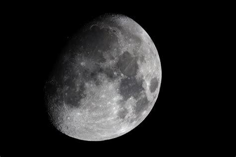imagenes de lunas oscuras luna gibosa creciente captando el cosmos