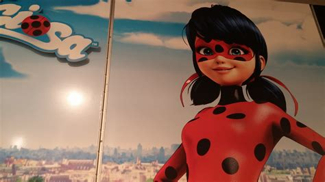 imagenes de lady bug para fondo de pantalla ladybug llega a bandai bandai